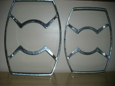 WoW 2 Vintage Stainless ATOMIC Casserole Racks/Stands!!