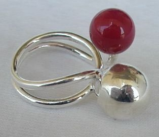 Red silver pearls ring
