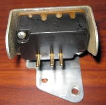 Kenmore 3 Pin Terminal Body with Mount & Screws 148.1217 Machine - $9.00