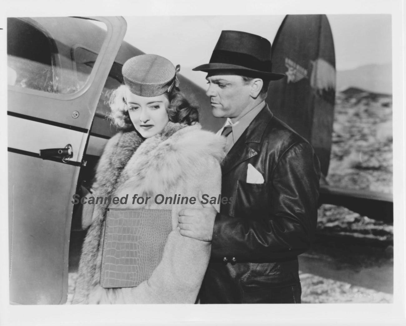 James Cagney Helps Bette Davis Board Plane 8x10 Photo