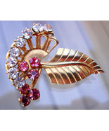 Lovely Small Vintage Gold Tone Leaf Brooch with Rhinestones - $16.99