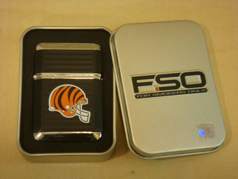 CINCINNATI BENGALS BLACK TORCH LIGHTER W/ CASE NFL NEW