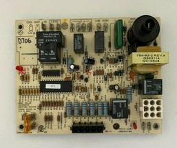Carrier Bryant 1068-220 Furnace Control Circuit Board 100253-01 used #D706 - $60.78