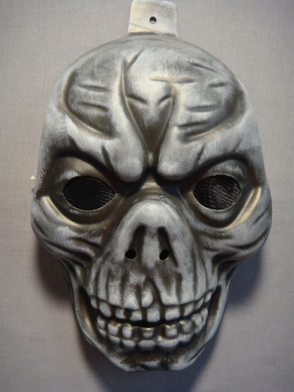 DARK SKULLZOR / TEMPLE SKULL HALLOWEEN EVA FOAM MASK