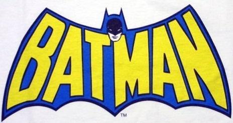 DC COMICS JUSTICE LEAGUE BLUE BATMAN WITH LOGO HALLOWEEN MASK PVC NEW