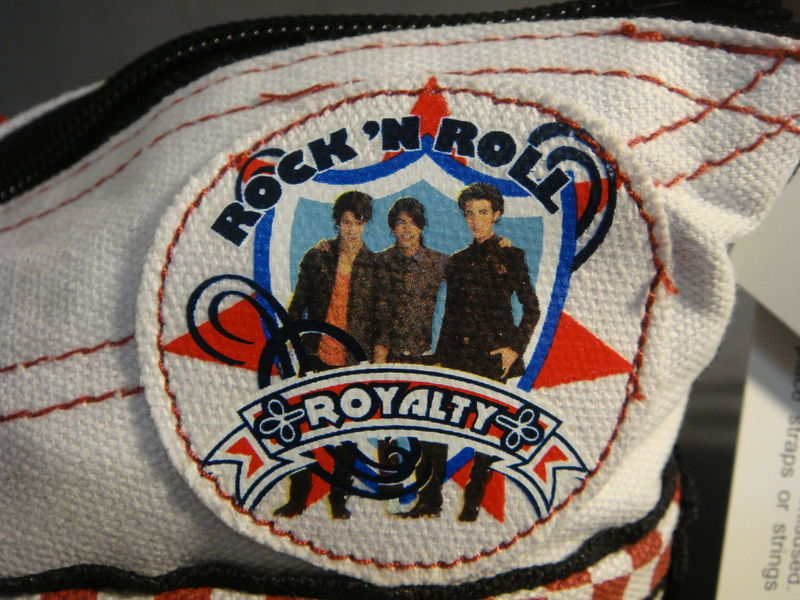 DISNEY THE JONAS BROTHERS SNEAKER SHOE ZIPPER POUCH / MINI PURSE / BAG NEW