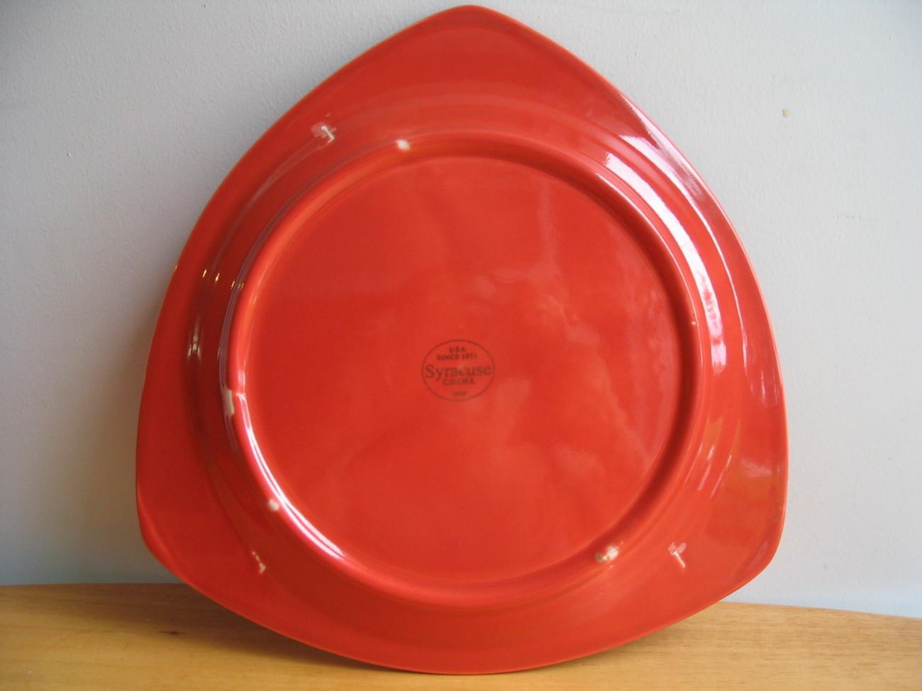 Syracuse China Triangular Orange/Cayenne Triumph Plates (2)