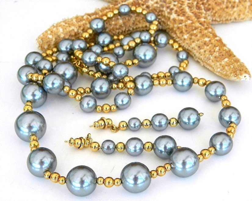 Vintage Grey Faux Pearls Beaded Necklace Earrings Set Japan