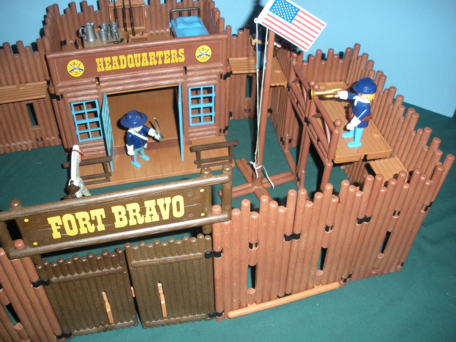 Vtg. Playmobil #3773 Fort Bravo Complete/EXC++-NEAR MINT! (H) (ret.)