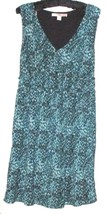 Women's Shades Of Green Detail V Neck Dress Size S - $14.00