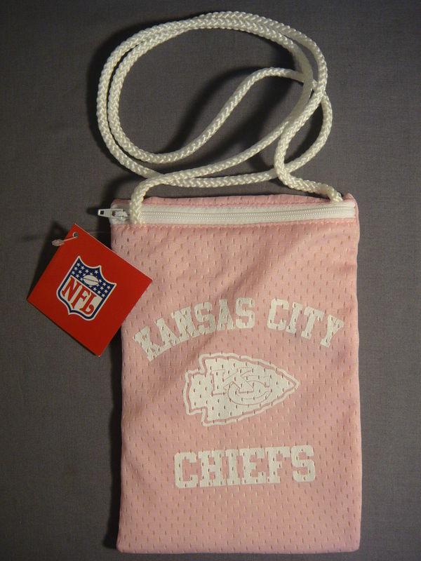 KANSAS CITY CHIEFS FOOTBALL PINK JESERY PURSE NEW NFL