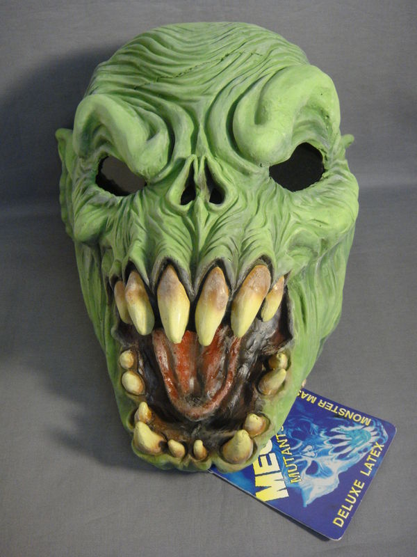 MEGA MUTANTS SWAMP BEAST / GARGOYLE DEMON STYLE ADULT LATEX HALLOWEEN MASK NEW