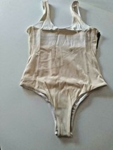 Hurley Q/D BP Body Suit Size Small image 1