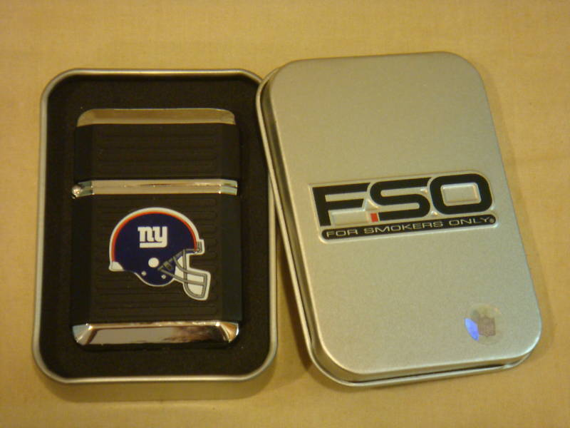 NEW YORK GIANTS BLACK TORCH LIGHTER WITH CASE NFL NEW