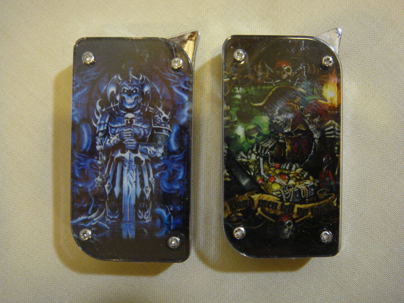 PIRATES DEMON LIGHTERS SET OF 2