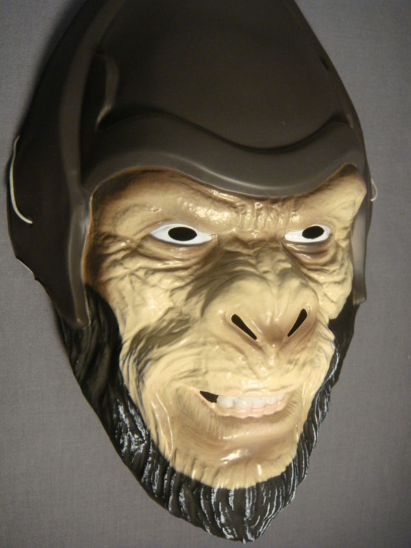 PLANET OF THE APES GENERAL THADE HALLOWEEN MASK PVC NEW