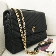 Tory Burch Kira Chevron Quilted Leather Shoulder Bag in Black - £329.63 GBP