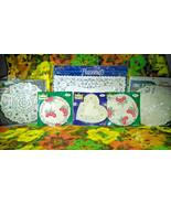 Lovely Vintage 6 Set Collection of Roylcraft, Royal Lace & Roylie Paper ... - $10.00