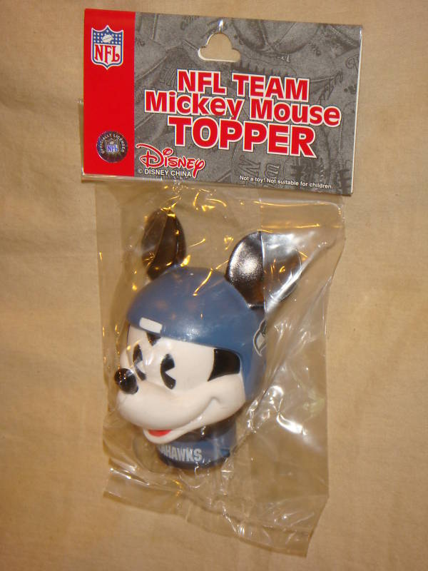 SEATTLE SEAHAWKS MICKEY MOUSE CAR ANTENNA TOPPER NFL