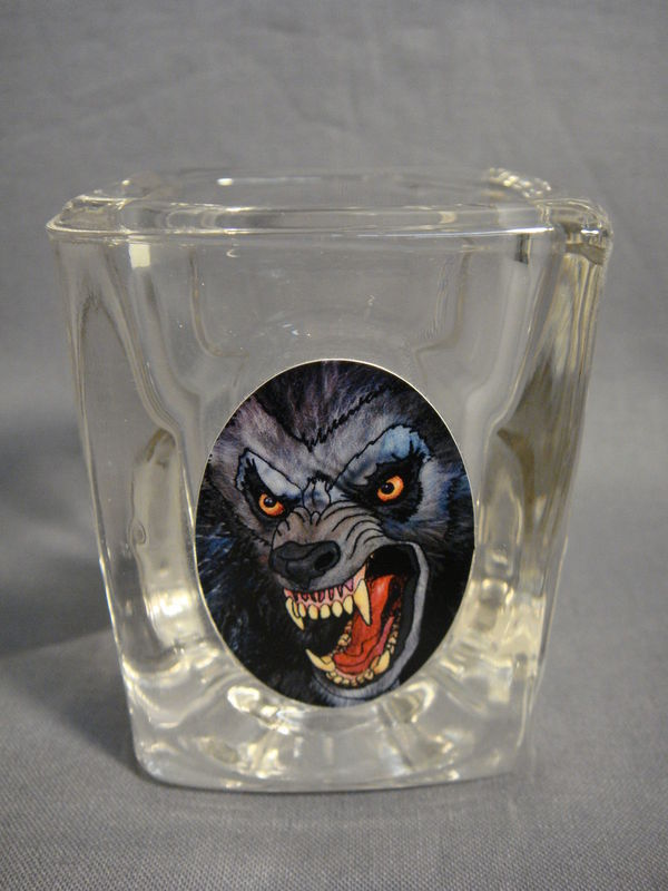 WEREWOLF THEMED COLLECTIBLE 2oz SHOT GLASS NEW
