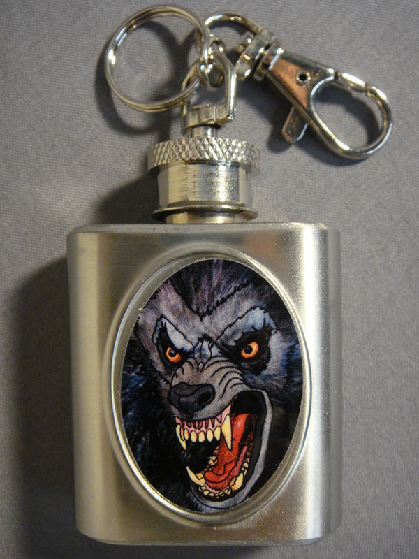 WEREWOLF THEMED STAINLESS STEEL 1oz MINI FLASK KEYCHAIN NEW