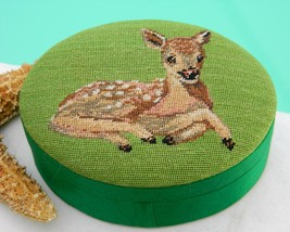 Vintage Embroidered Silk Deer Fawn Green Trinket Box Republic of China - $21.95
