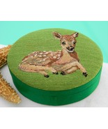 Vintage Embroidered Silk Deer Fawn Green Trinket Box Republic of China - €18,77 EUR