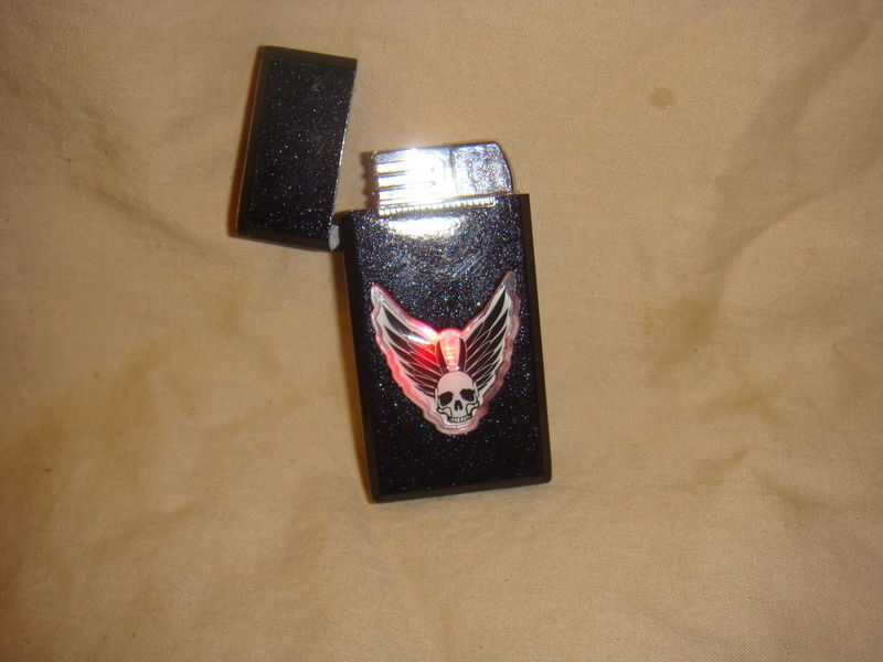 WINGED SKULL MULTI COLOR FLASHING TORCH LIGHTER NEW