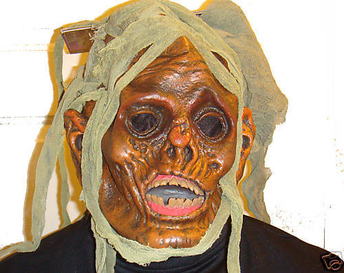 ZOMBIE FEROCIOUS FANGS HALLOWEEN MASK LATEX ADULT MASK