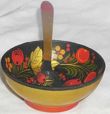 Russian wood bowl with  tea spoon Khokhloma
