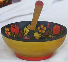 Bowl with spoon 2 thumb200