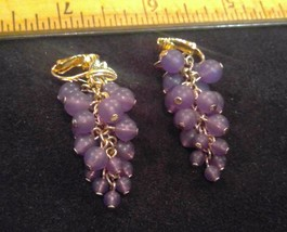 "1.75"" Tall Gold-Tone Clip On Earrings Purple Beads Grapes and Leaf Clean... - $9.93"