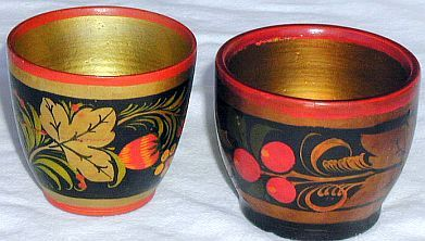 Pair of flowers pots