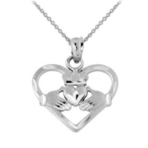 925 Silver Heart Shaped Claddagh Pendant Necklace - €18,02 EUR+