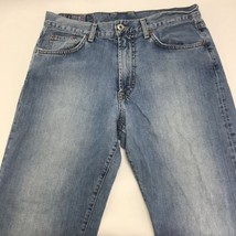 "Lucky Brand Light Blue Wash Classic ""Relaxed Jean"" Mens Jeans Size 31 - $33.20"