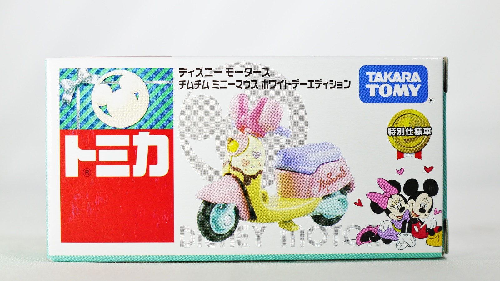 TAKARA TOMY TOMICA Disney Motors Minne Diecast Mini Car Figure Happy Valentin...