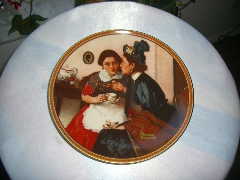 Knowles Norman Rockwell Rediscovered Woman Series 6th Issue 1982 Plate - $4.95