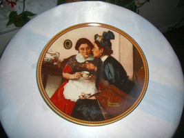 Knowles Norman Rockwell Rediscovered Woman Series 6th Issue 1982 Plate - $7.43