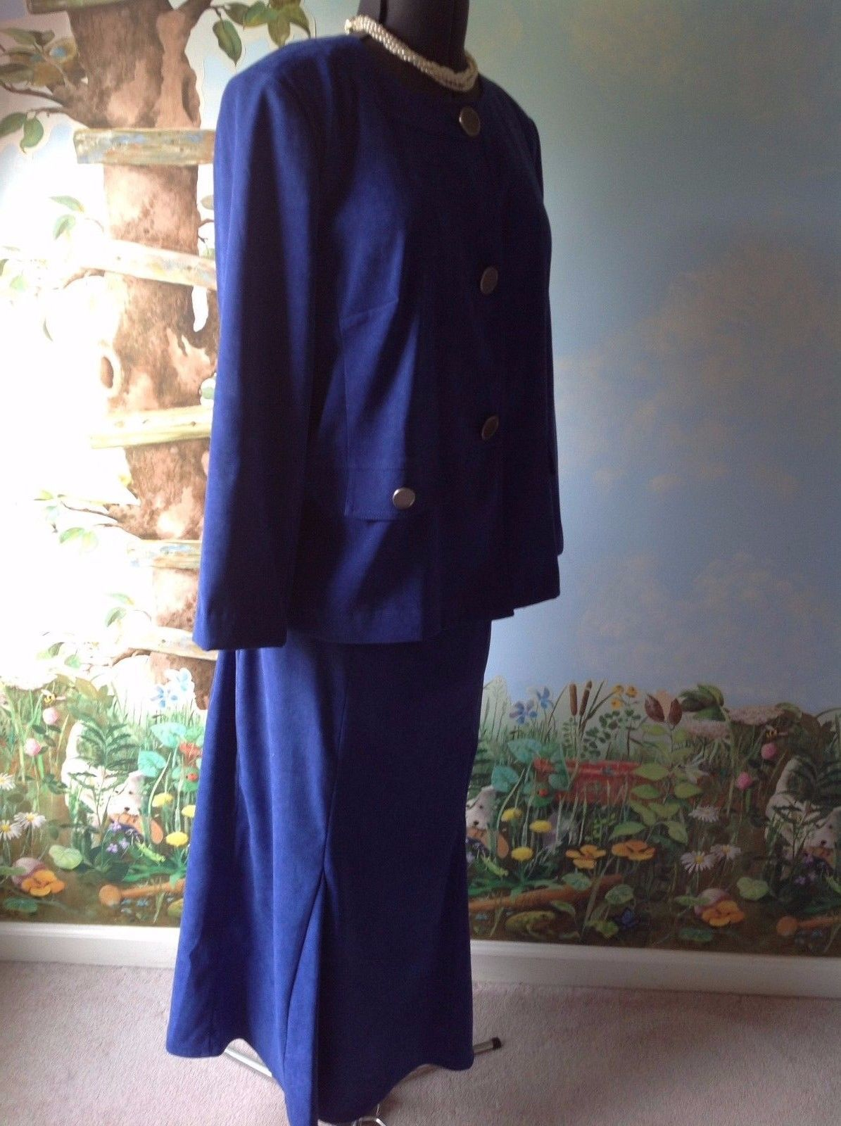 JM Collection Blue Suite Long Sleeve Velvety Fabric Skirt Suit  Size 16
