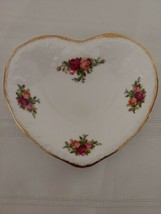 Royal Albert Old Country Roses Basketweave Heart Shaped Tray Gold Trim England  - $16.45