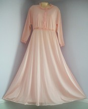 Vintage OLGA Peach Brush Nylon Cozy Top Long Nightgown - $39.60