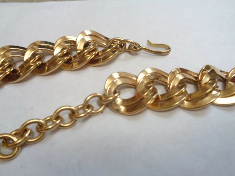 Monet Double Circle Necklace And Earrings