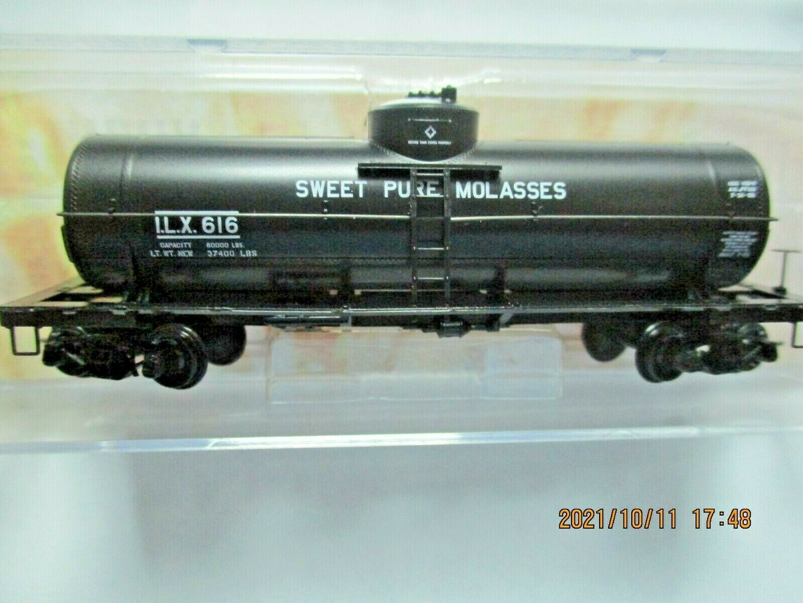 Micro-Trains Stock # 06500206 Sweet Pure Molasses 29' Tank Car N-Scale