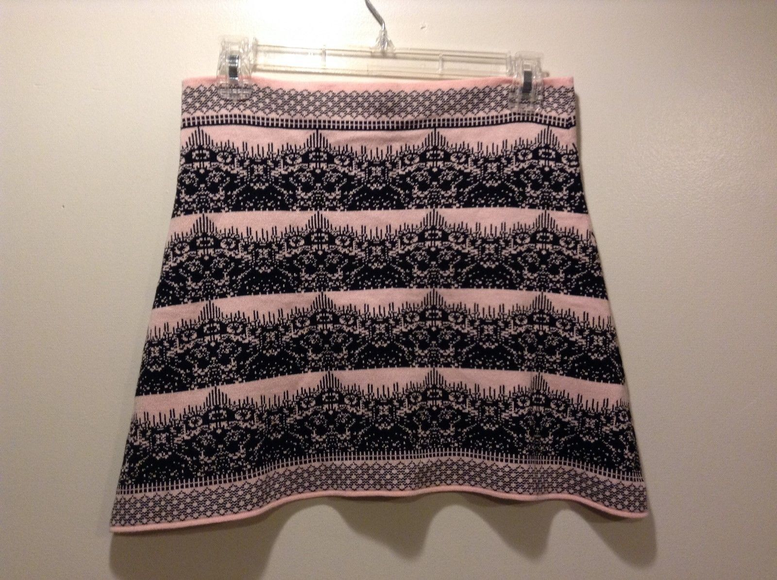 Ladies Pink and Black Short Stretchy Skirt