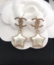 Authentic Chanel RARE CC Logo Star Dangle Drop Gold Earrings image 2