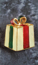 STUNNING VINTAGE ESTATE ENAMEL WRAPPED PRESENT GIFT CHRISTMAS PIN BROOCH - €2,69 EUR