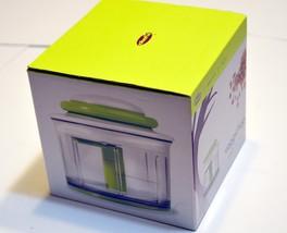 Chef'n VeggiChop Hand-Powered Food Chopper New in the box. Green - $14.00