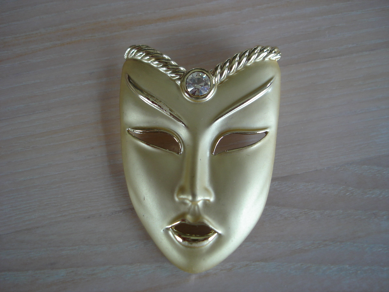 Goldtone Mask Brooch, Clear Rhinestone, Siamese