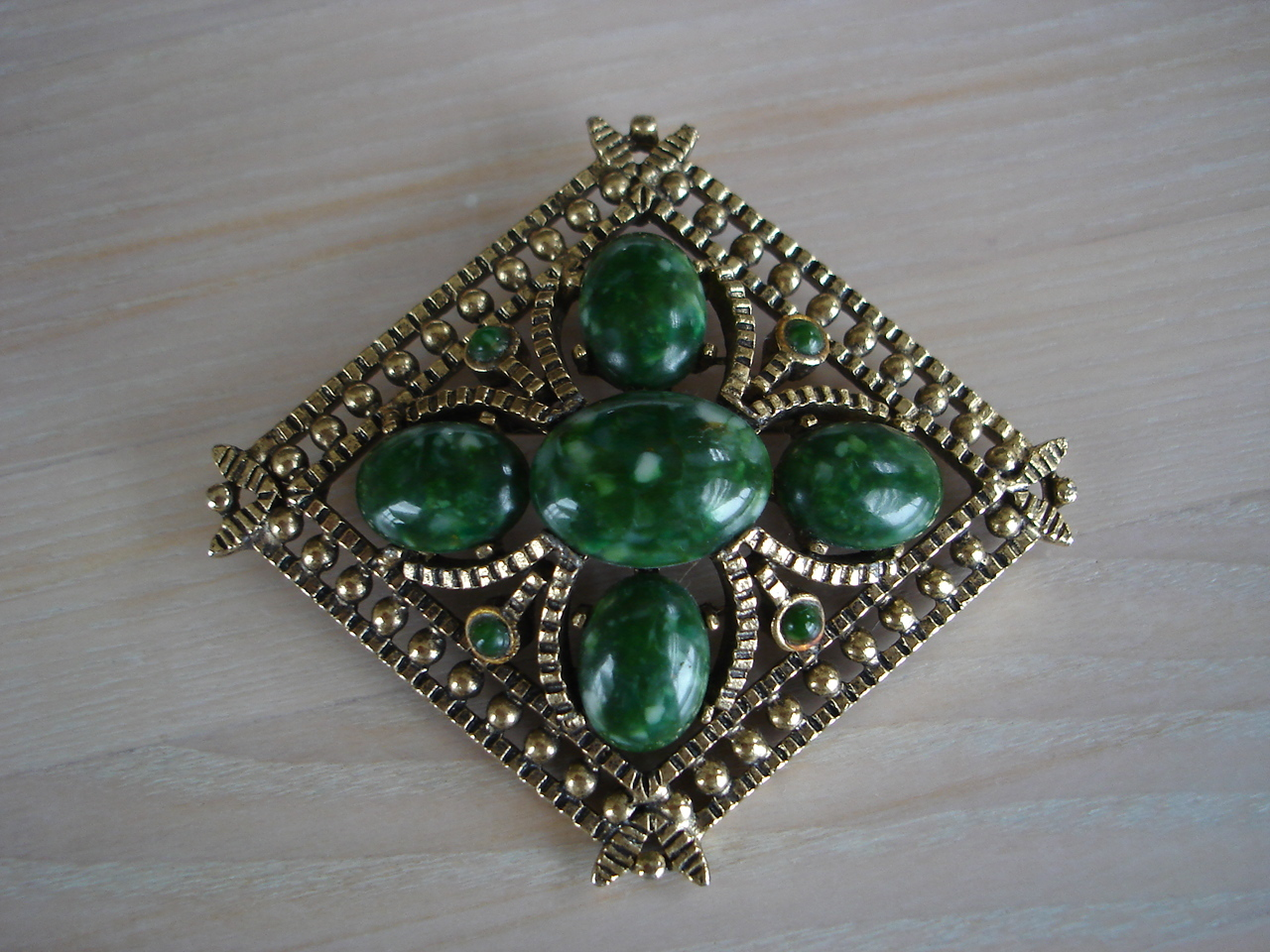 Ornate Diamond Shape Goldtone Brooch, Mottled Jade Green Cab