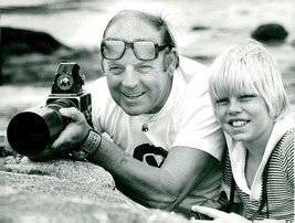 Vintage photo of Sven Gillsäter with the son Björn - $9.41